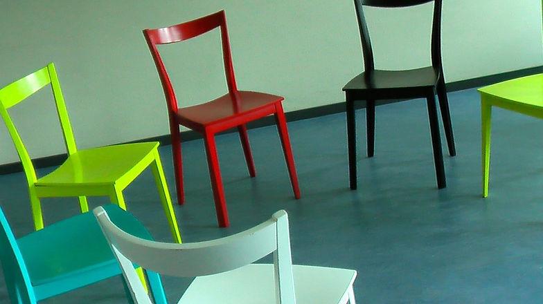 chairs-58475_960_720.jpg
