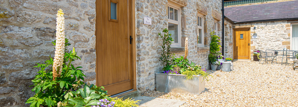 The Hayloft - Sleeps 12