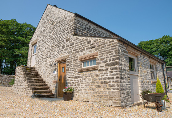 The Old Farmhouse - Dates from around 1750 with loads of original features