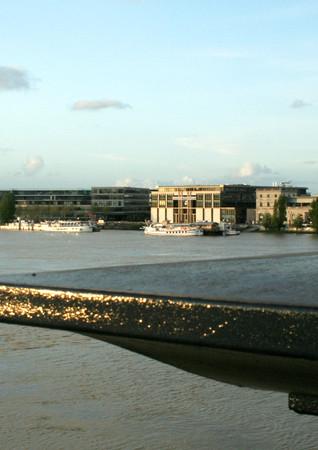 La rive droite de Garonne, Bordeaux, soirée