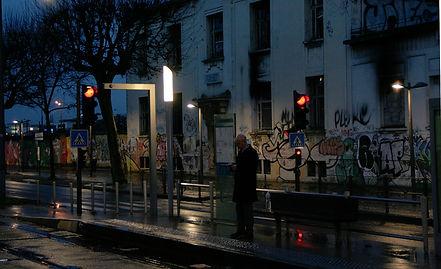 En attendant le tram, Bordeaux Bastide, au petit jourt_2014-janv-Bx-17.JPG