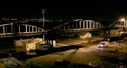 le pont sur les voies ferrées, Limoges, de nuit