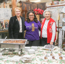 Crowder Antiques with LA Bayou Bistro
