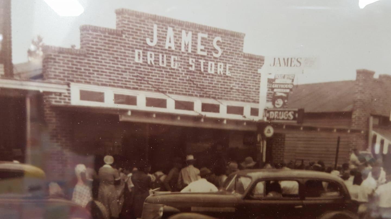 1950 James Drug Store