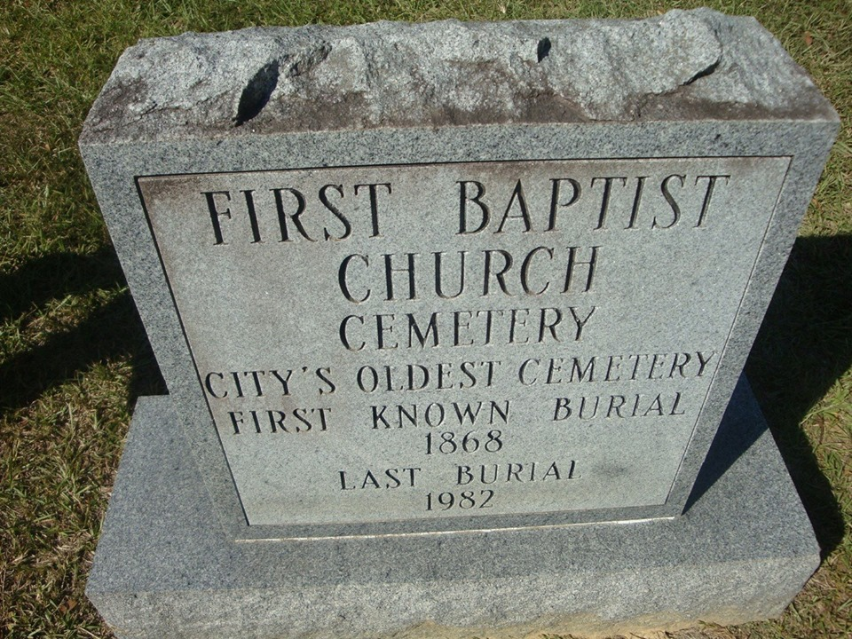 1st baptist church cemetery monument