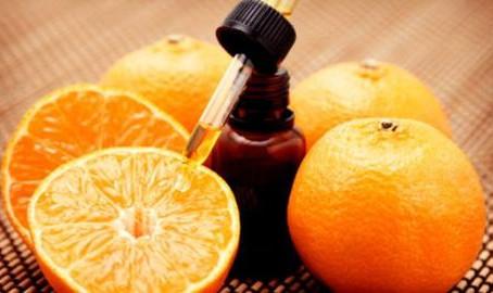 Spray de óleo essencial de laranja em sua casa.