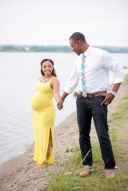 Dayton, Ohio Maternity Photographer