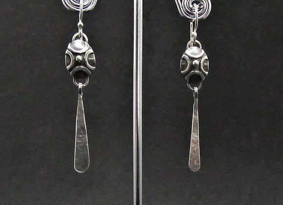 Curve Dangle Earrings