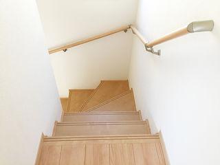 介護リフォーム後の階段の手すり