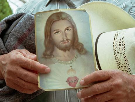10 ways Hispanics are  redefining American Catholicism  in the 21st century