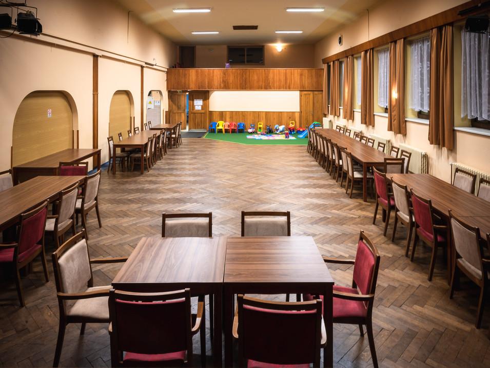 Kantýna společenský sál pro 300 osob
