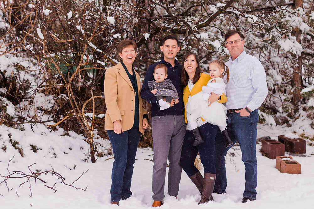 Utah Family Photographer, Kenzie Jo Photography, Winter Family Session, South Jordan Photographer Utah Extended Family Photographer, Utah Extended Family photos,