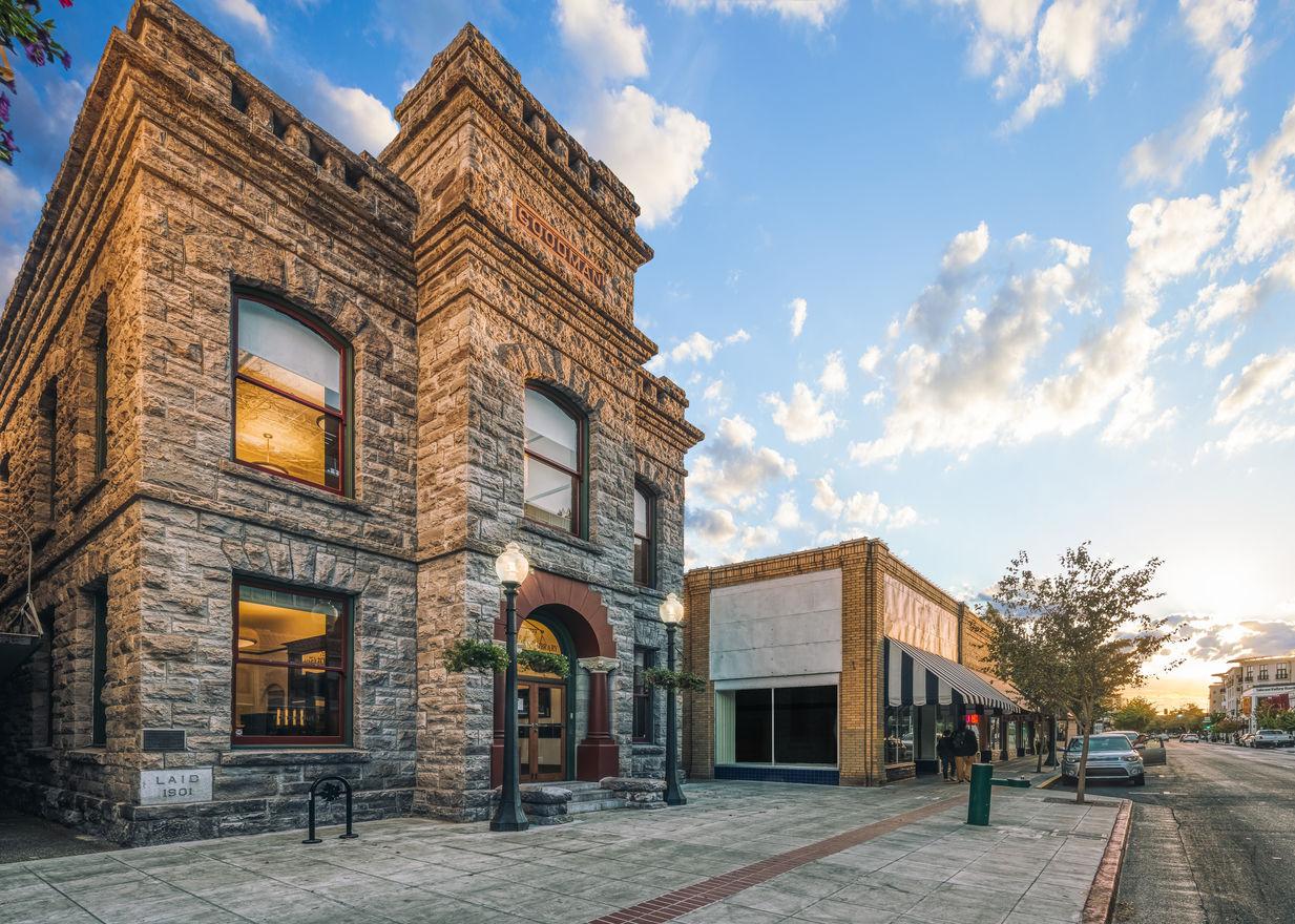 Goodman Library | Napa, CA