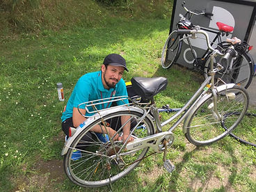 ahmad khaze cykelreparation.jpg