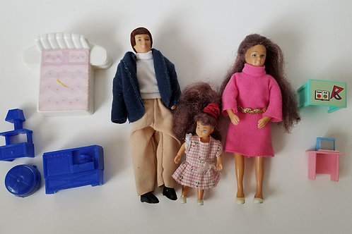 Vintage Dollhouse Family and Furniture