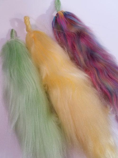 3 Yarn Tails