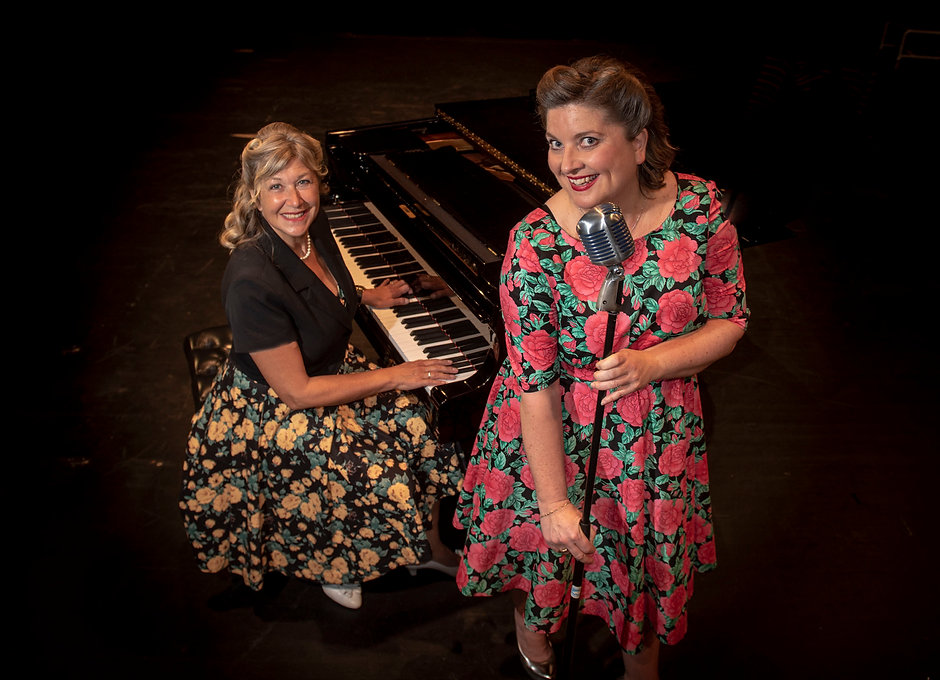 Ann-Sofie Godø og Åse Krystad - Foto Knu
