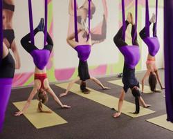 резиновое покрытие в зале йоги