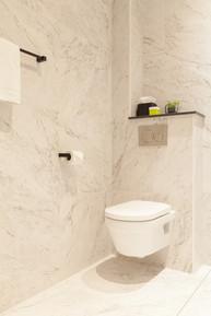 toilet in badkamer.jpg