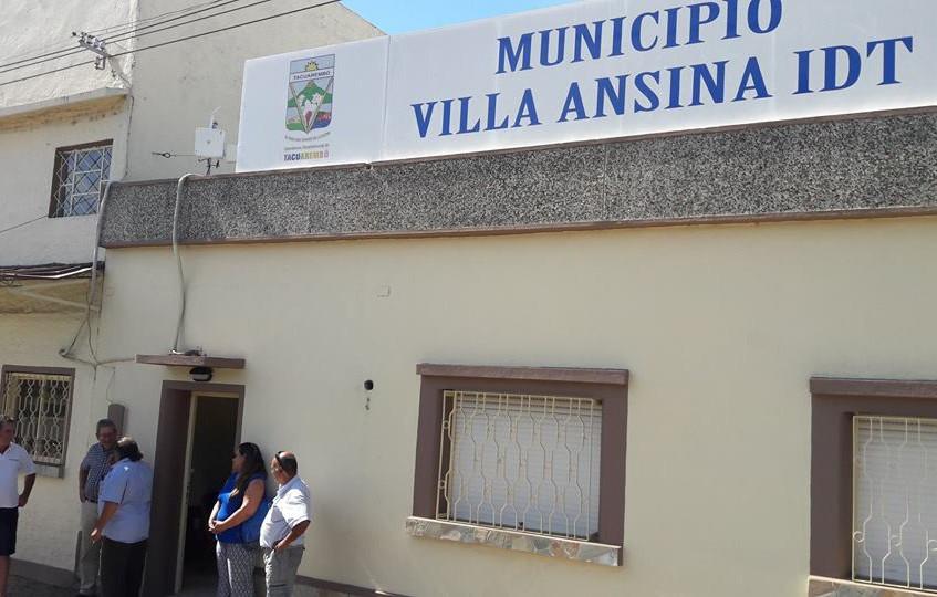 Visita_a_la_Alcaldía_de_Villa_Ansina,_en_Tacuarembó