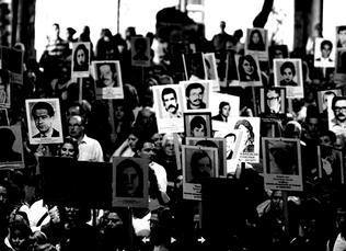 Ante dichos de Manini Ríos, UP reclama eliminar la Ley de Impunidad