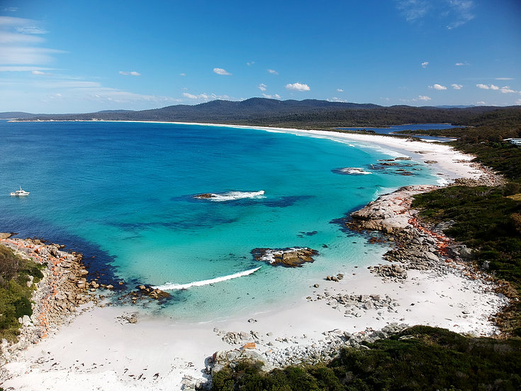 Bay Of Fires - Beach Day