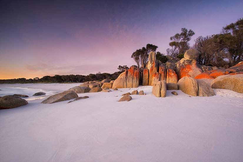 Sunrise in the Bay Of Fires
