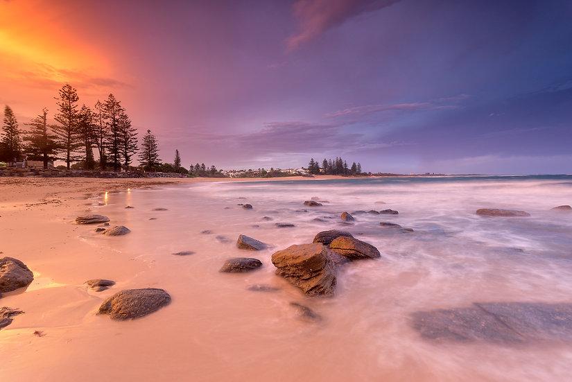 Moffat Beach Sunset