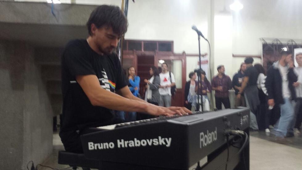 4 SBPG Bruno - Rock ao Piano