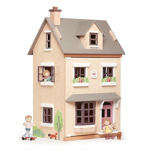 FOXTAIL HOUSE     TL8124