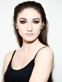 Niagara Makeup Artist