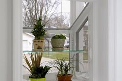 Simonton_Garden_Smallwindowshelf-600x400