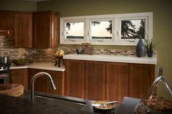 Simonton-Reflections-Awning-Window-Kitchen1-600x400