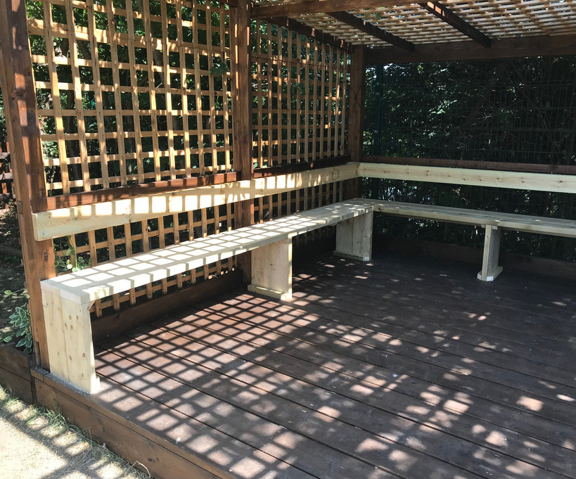 Outdoor gazebo seating - after