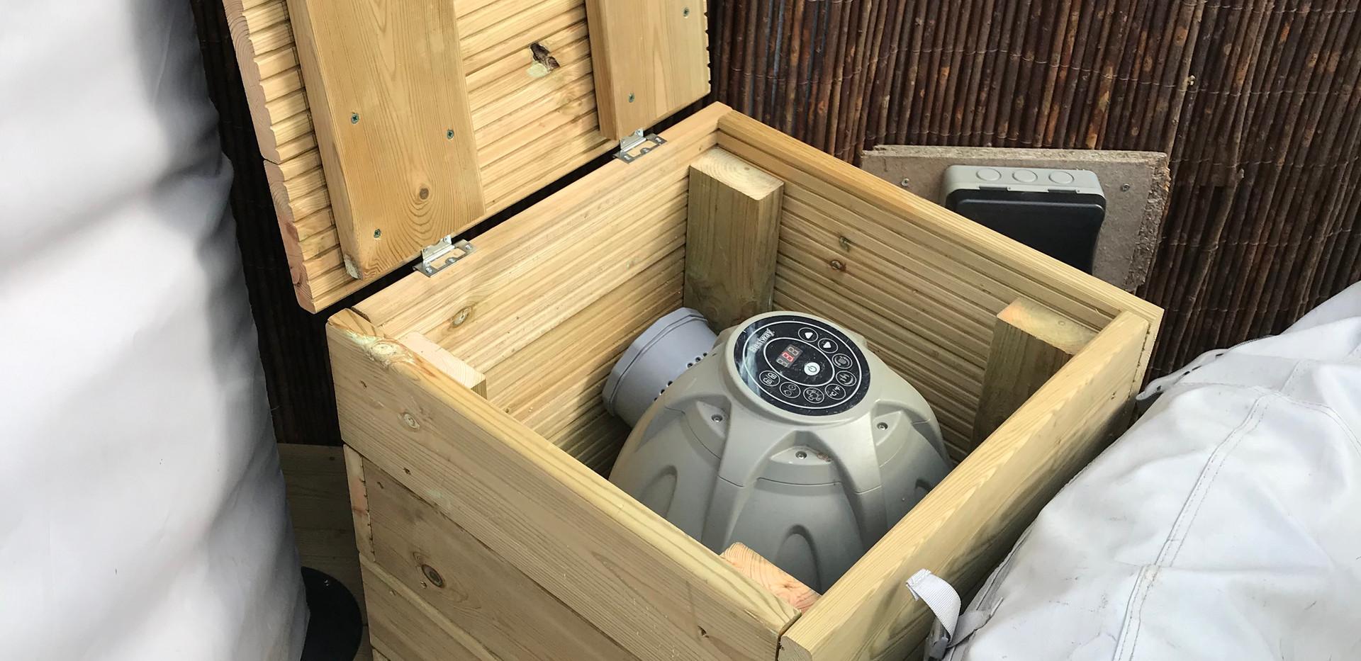 Hot tub pump housing