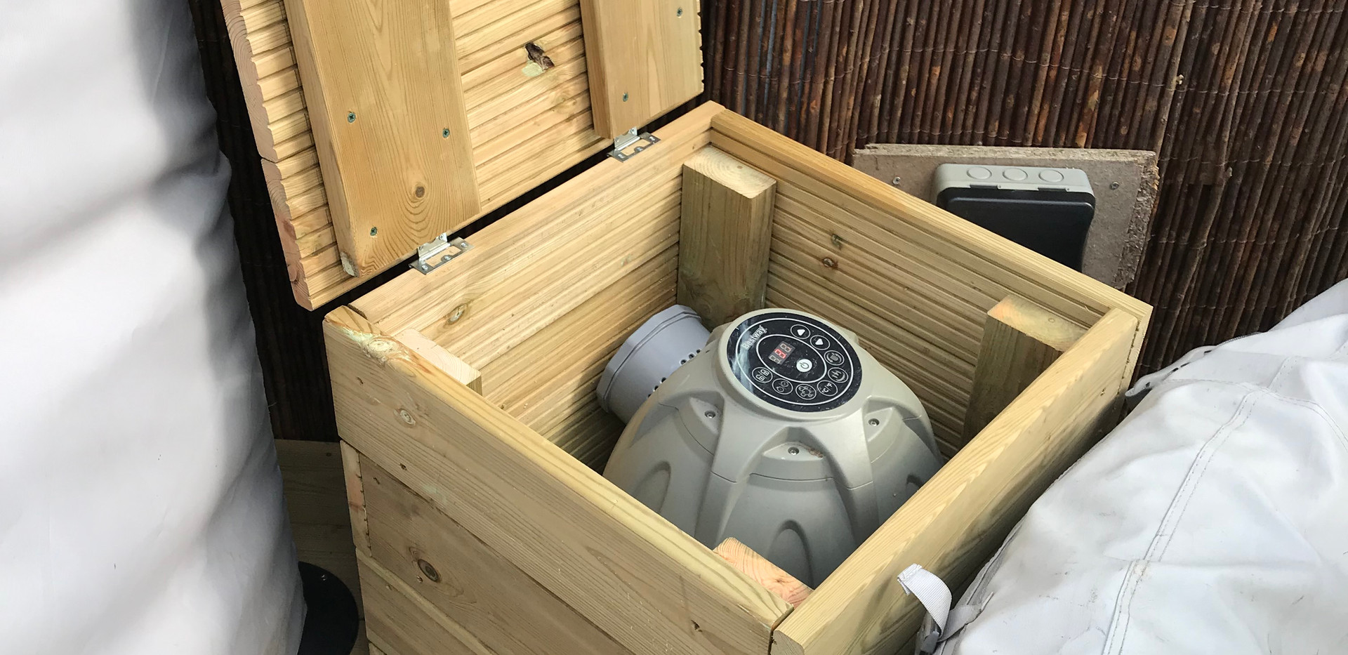 Hot tub pump housing