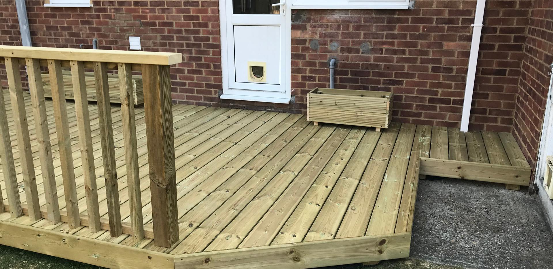Large decking with handrails & access hatch - after