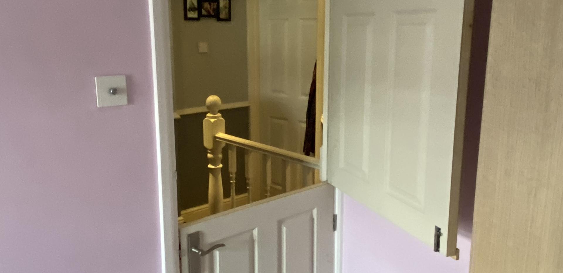 Child safety stable door
