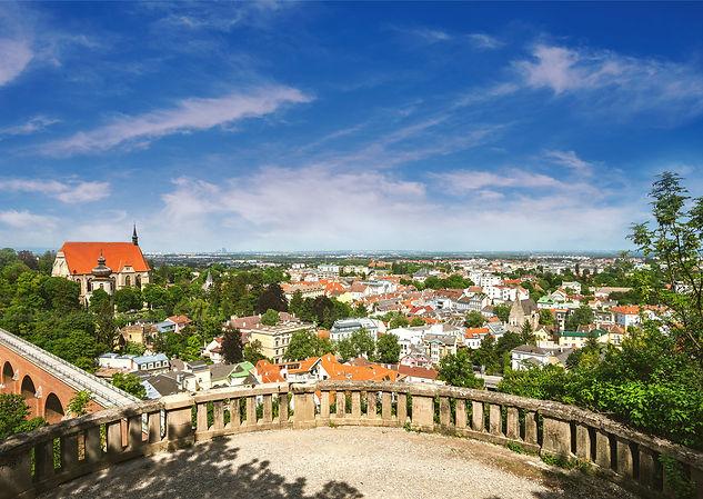 Luftbildaufnahme der Stadt Mödling