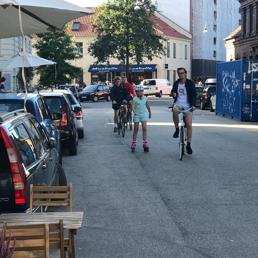 Family biking in Norrebro