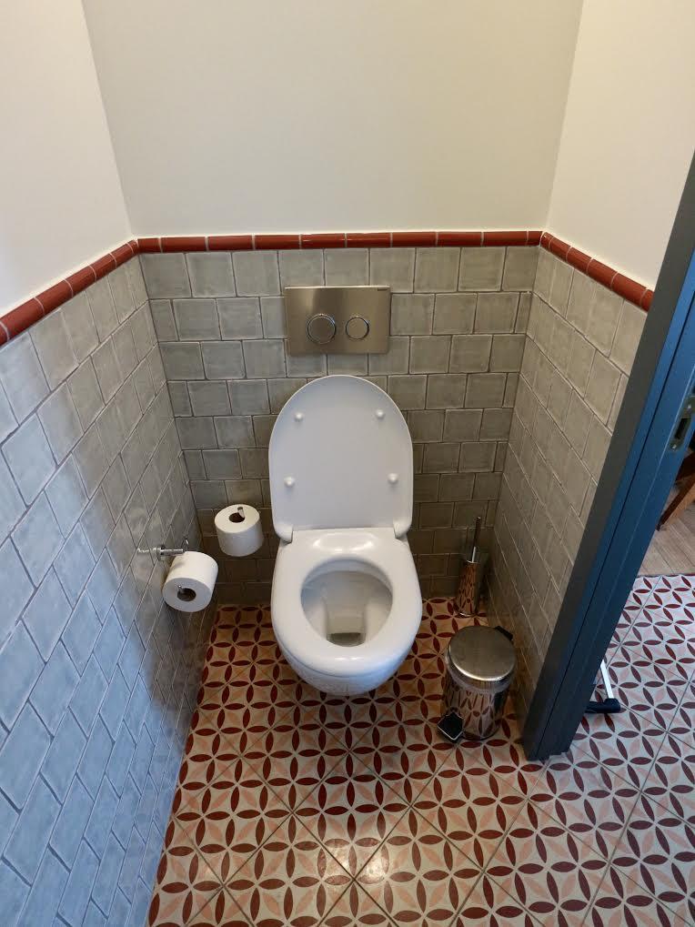 Porto AS 1829 Hotel room toilet