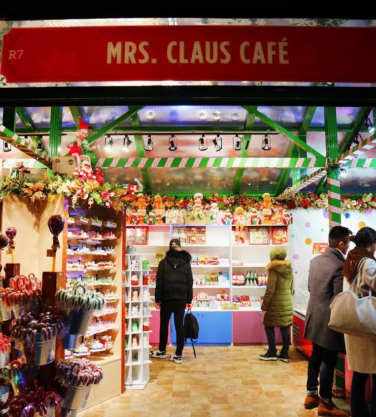 Mrs. Claus Cafe