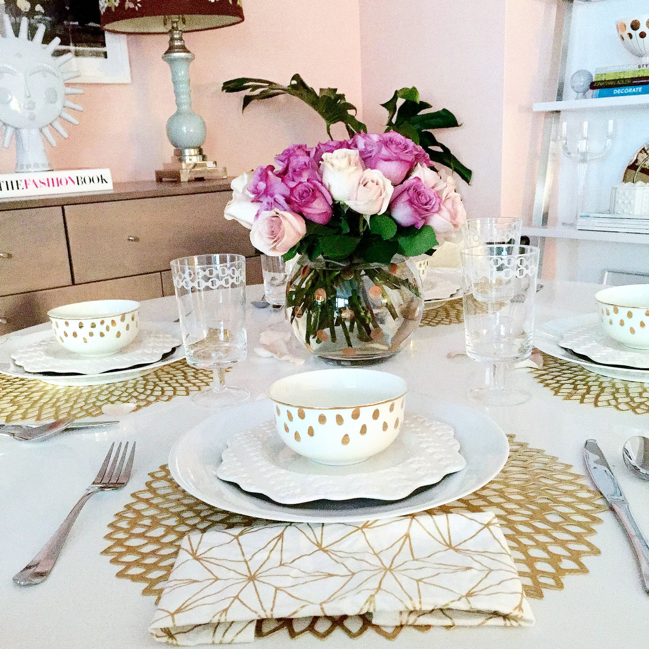 Pretty dining table setting
