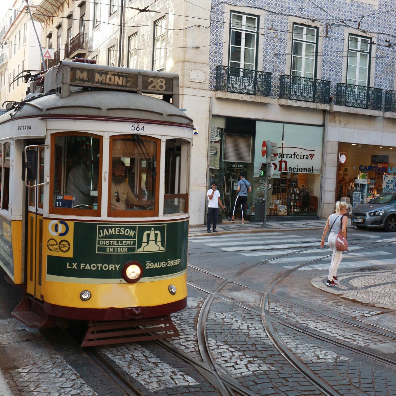 Street Trolley - Lisbon