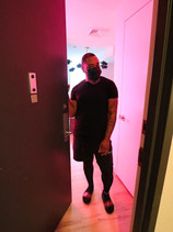 LIC Luxury 800 square foot Apartment Tour with Alvin Wayne