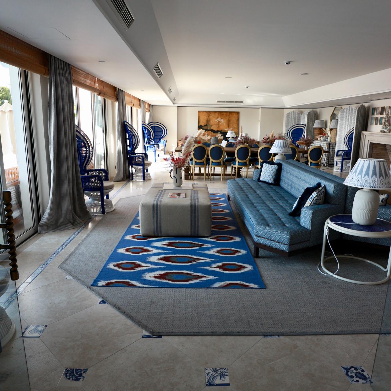 Lobby area - the Albatroz hotel