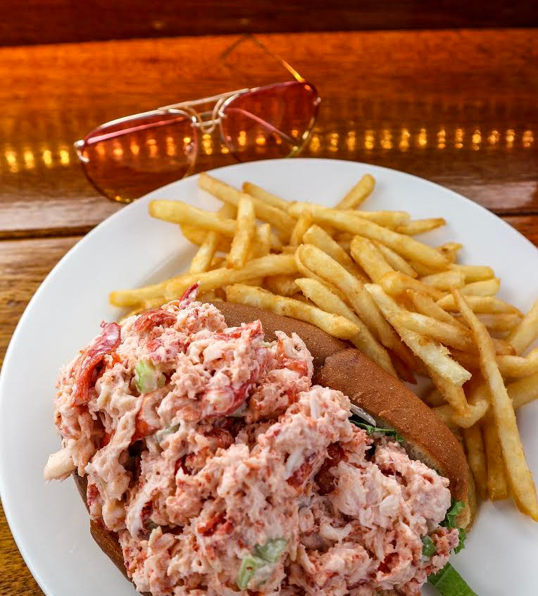 Lobster Roll - Seafood Shanty