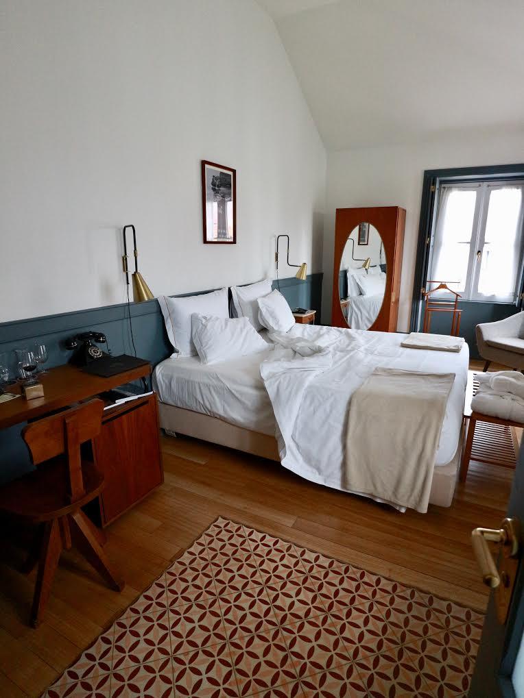 Corner room view-Porto AS 1829 Hotel