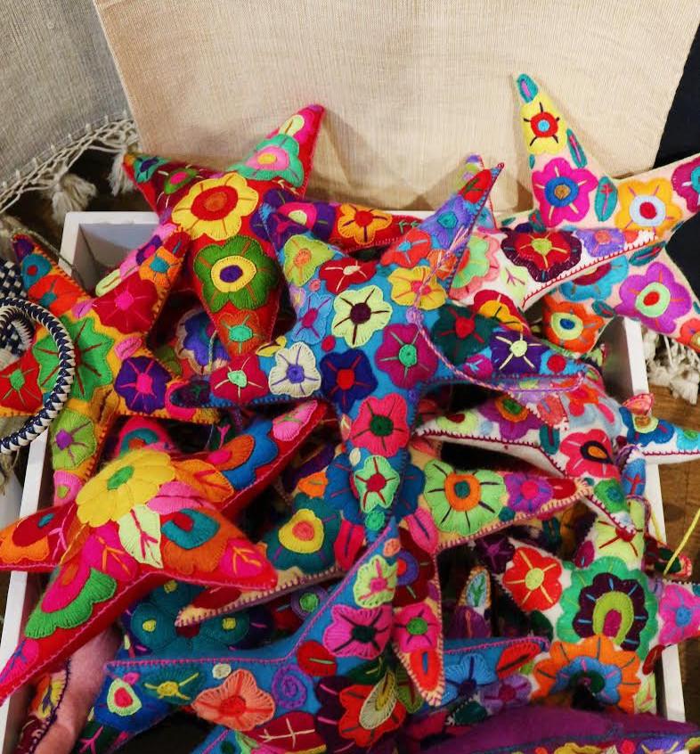 Handmade Ornaments via Un Pueblo