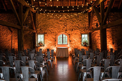 Barn wedding micro Wedding
